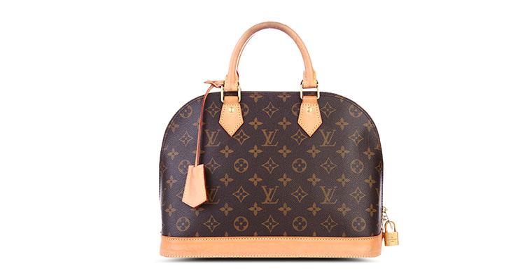 1854年,Louis Vuitton革命性地设计了第一个平顶皮衣箱,并于巴黎开了第一间LV店铺。Louis Vuitton的种种经典设计顺应了旅行历史的重要发展。1896年Louis Vuitton Monogram帆布首次面世,宣告了品牌的时尚面貌,其独有的创意也成为其经典象征;Louis Vuitton在法式传统中融入了时尚的色彩。代代相传至今的Louis Vuitton以卓越品质、杰出创意和精湛工艺成为时尚旅行艺术的象征。无论是手提包,旅行用品,小型皮具,围巾,配饰,鞋履,成衣,还是腕表,高级珠宝