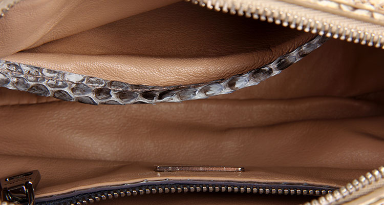 prada(普拉达) 蓝色蛇皮手包
