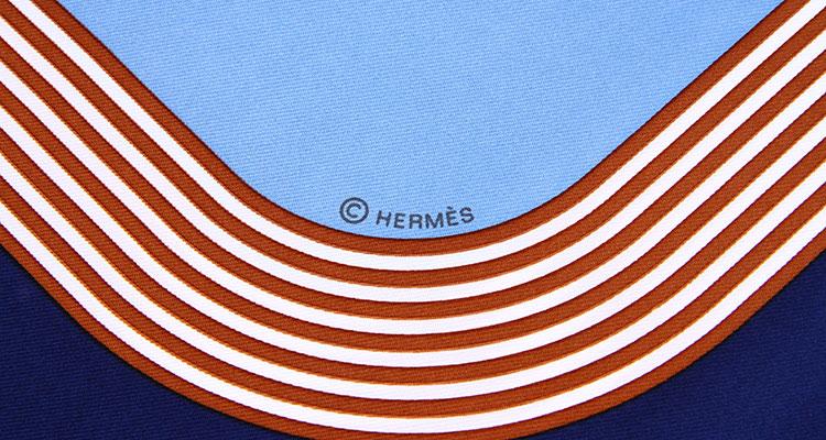 hermes(爱马仕) 深蓝色边框丝巾扣图案丝巾90